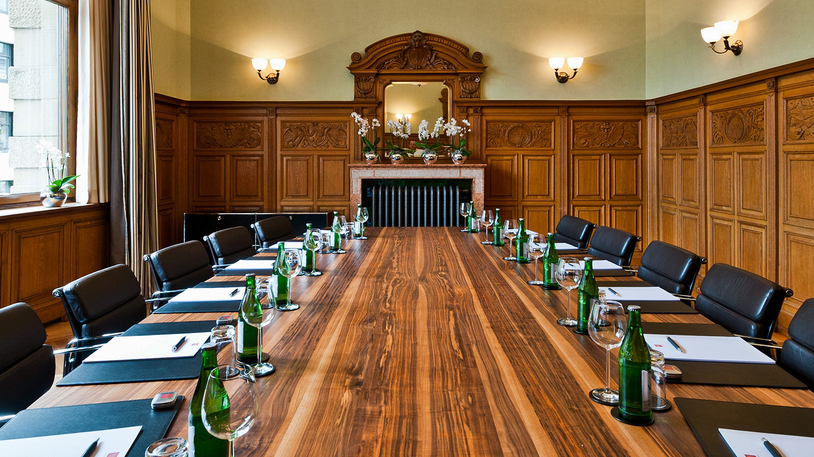 meeting events hotel basel Boardroom 00.jpg